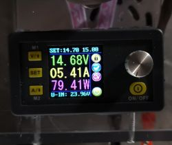 Akumulatory EFB, jak ładować?