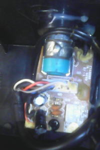 Zestaw 2.1 Creative. Brak dźwięku, dioda zasilania świeci. Info w opisie.