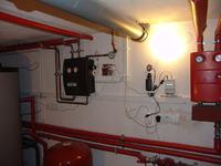 Prosty sterownik pompy ciepłej wody użytkowej