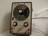 [Sprzedam]Maly generator w.cz.sygnalowy sprawny