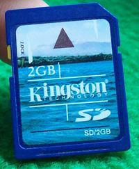 Karta 2GB Kingston, dziwna przypad�o��