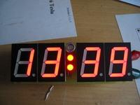 Kolejny zegarek LED na AtMega8, ale dokładny