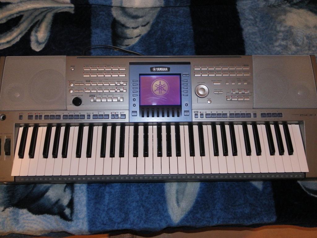 [Sprzedam] Yamaha PSR 1500, STAGG SW201SB i troch� innych rzeczy