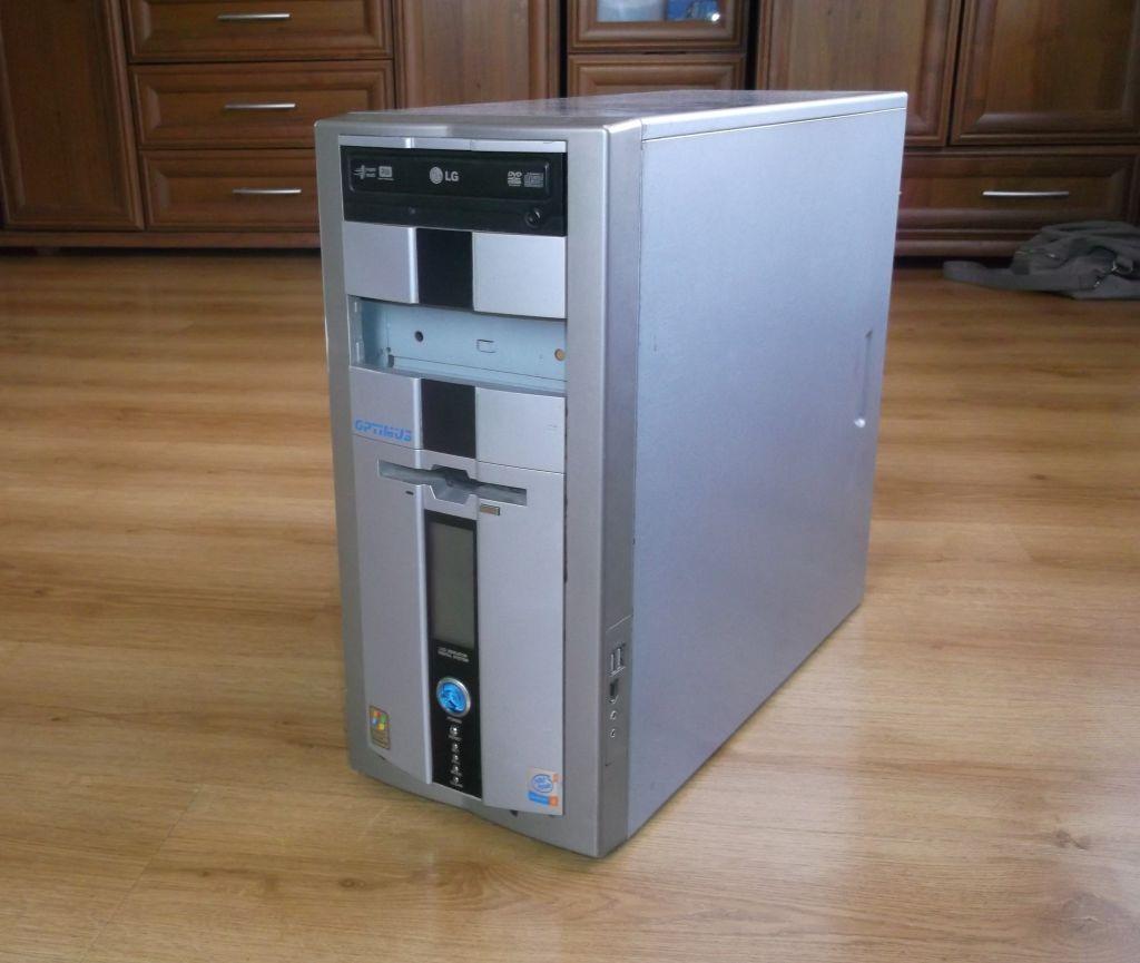 [Sprzedam] Sprawny Komputer z oryginalnym WIN XP -200z�