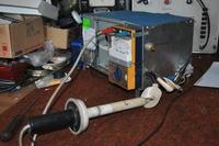 Przyrz�d do badania transformator�w wysokiego napi�cia i �wietl�wek TV