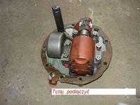 ZETOR 7245 - montaż dodatkowego rozdzielacza hydraulicznego.