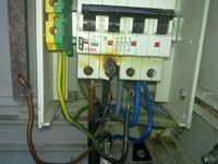 Spadki i wzrosty napięcia w instalacji 180-270 V blisko trafa