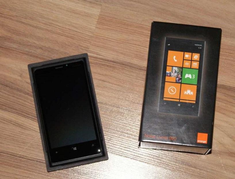 [Sprzedam] Nokia Lumia 920 - stan idealny