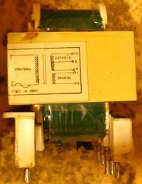 [Kupi�] Transformator sieciowy 230V - 23V/0,3A; 2,27V/0,1A