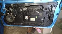 Fiesta MK7 3D - Demontaż zamka drzwi pasażera