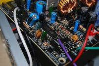 EVO Labs model: 480W - ukruszony R50 przy układzie scalonym EST7502C