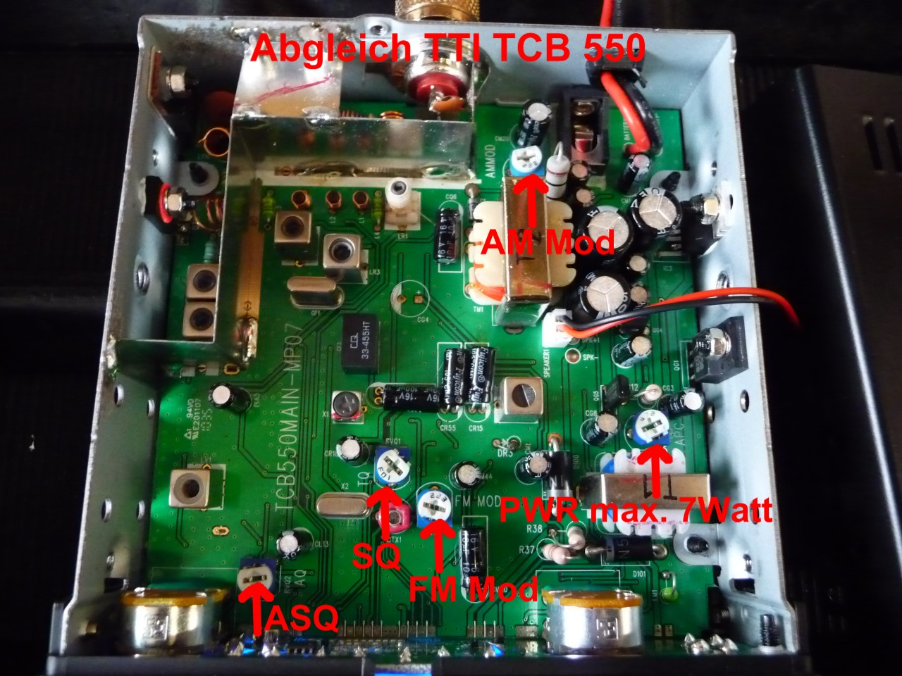 TTI TCB 550 - Poprawienie SQUELCH w TTI TCB 550.