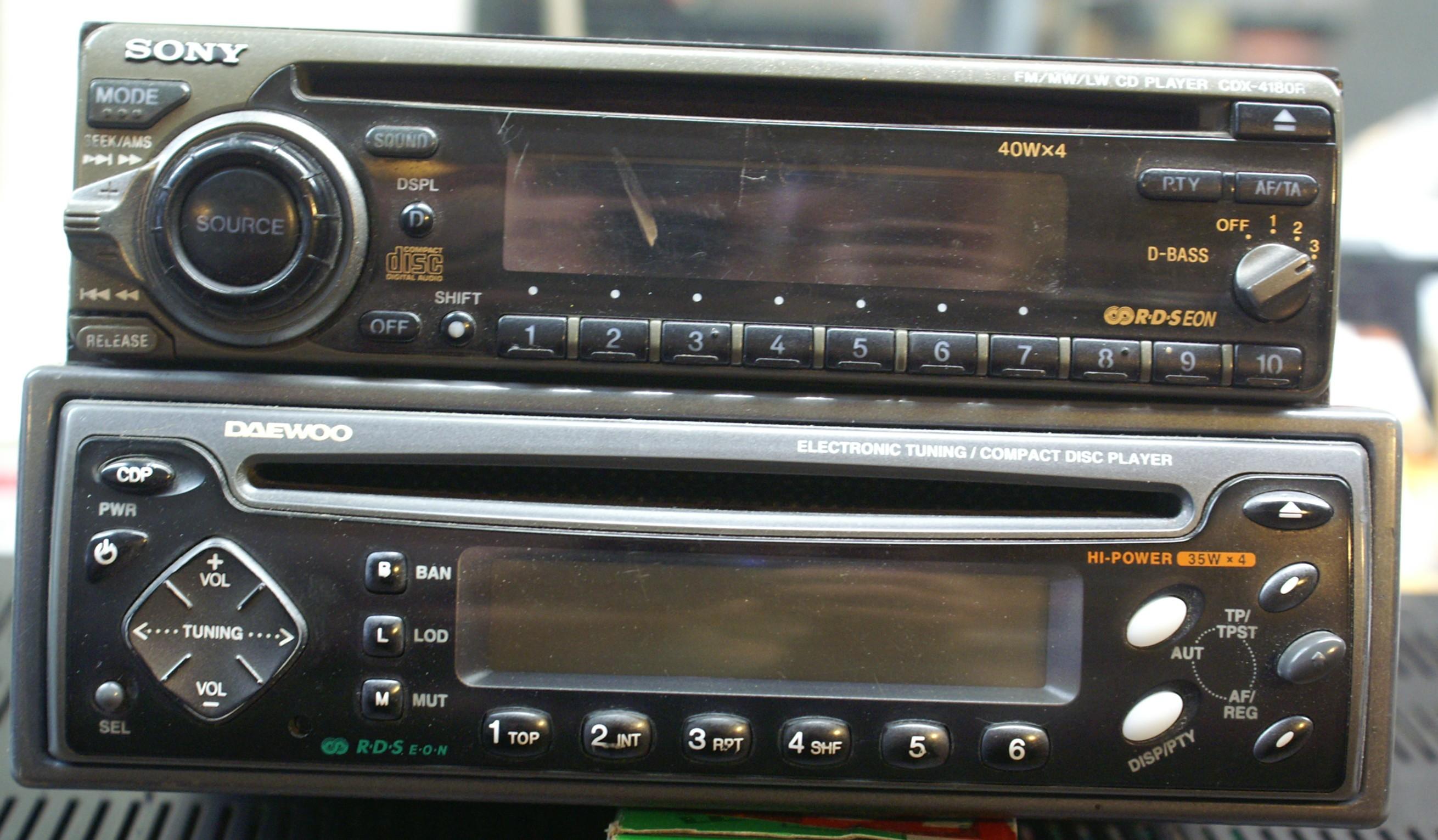 [Sprzedam] Sony CDX-4180R , Daewoo JP625
