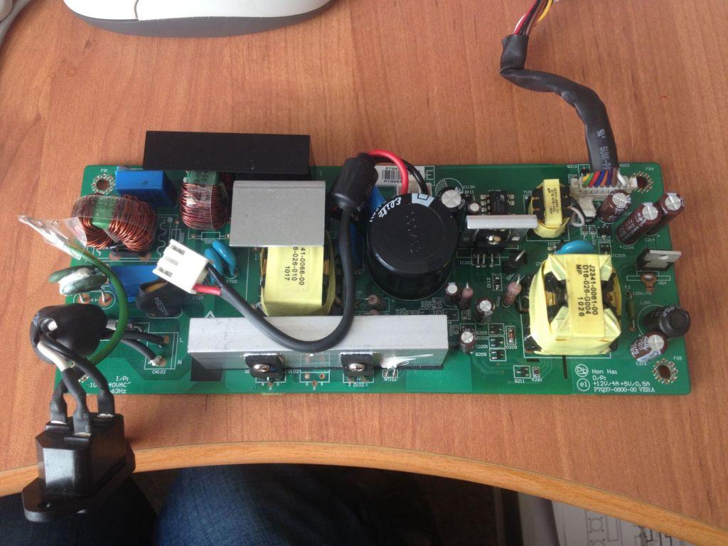 Benq MS510  - Po za��czeniu �wieci tylko LED - power, reszta zimna.