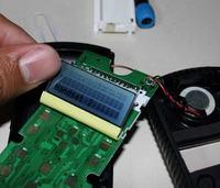 Naprawa zepsutych pikseli w małych wyświetlaczach LCD