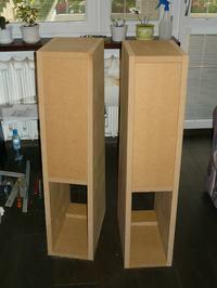 Kolumny na Usher T9950 i 8945a by Varrol