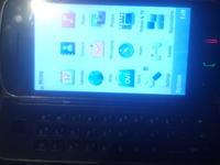 Nokia N97 - Nie działa :( Świeci biały ekran.