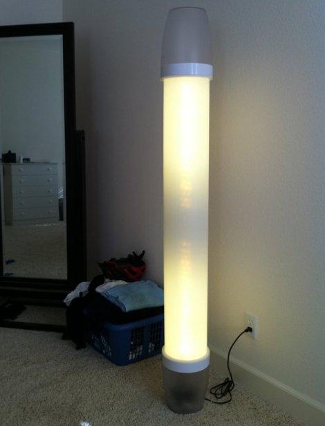 Bezprzewodowo sterowana i regulowana lampa LED