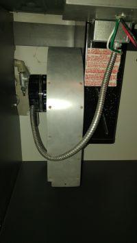 - zasilanie sprzętu z USA (2x120V) z 3 faz 230V