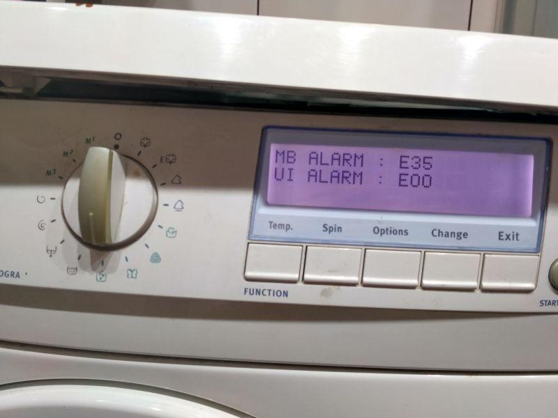 Electrolux EWF 1245 - kończy pranie zanim zacznie