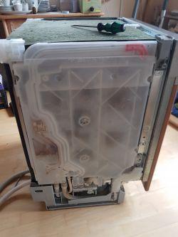 Geschirrspüler Bosch Super Silence SD6P1B - pumpt nicht mehr ab