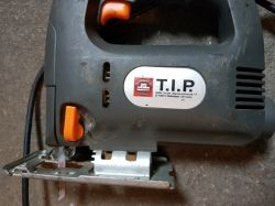 TIP PSTS 710 - Wyrzynarka nie trzyma brzeszczotu