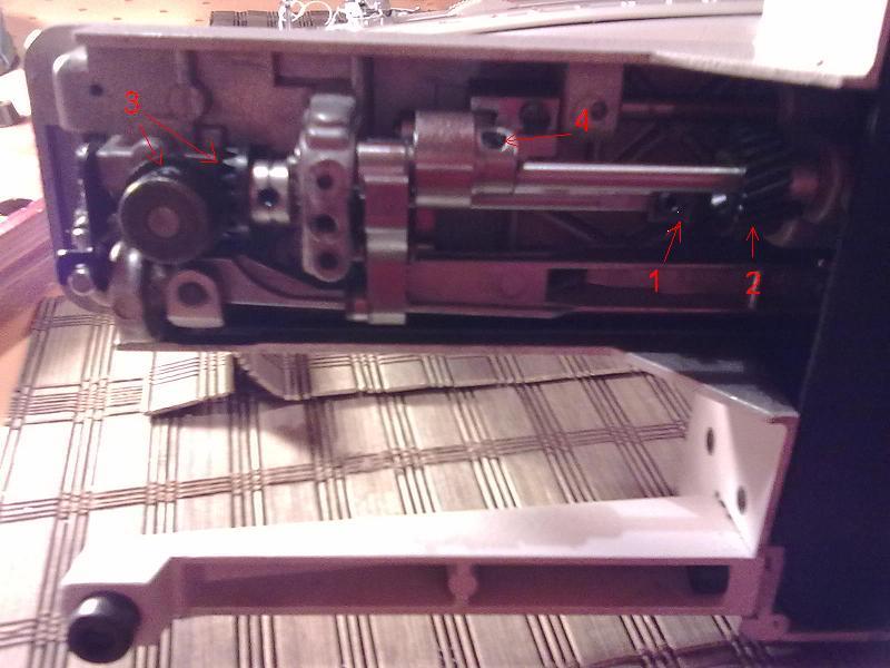 Maszyna do szycia �ucznik 835 kulkuje doln� nitk�