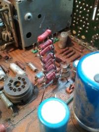 Równoległe połączenie kondensatorów.
