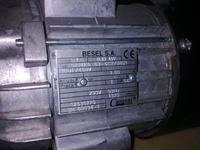 jednofazowy, Besel - Silnik jednofazowy - głośna praca (buczenie)