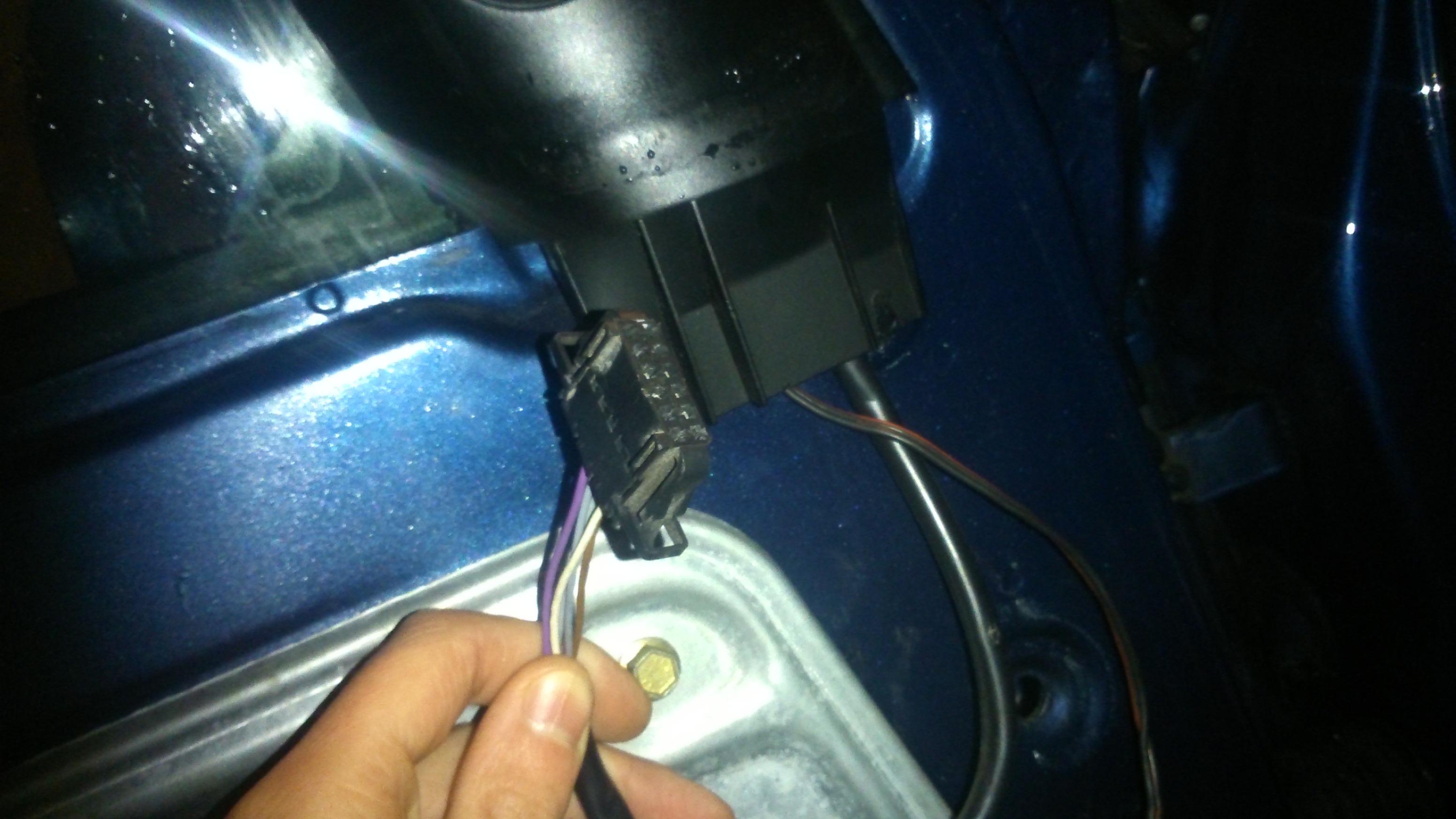 Passat b5 97r brak el lusterek podgrzewanie kable w for 01331 door control module driver side j386