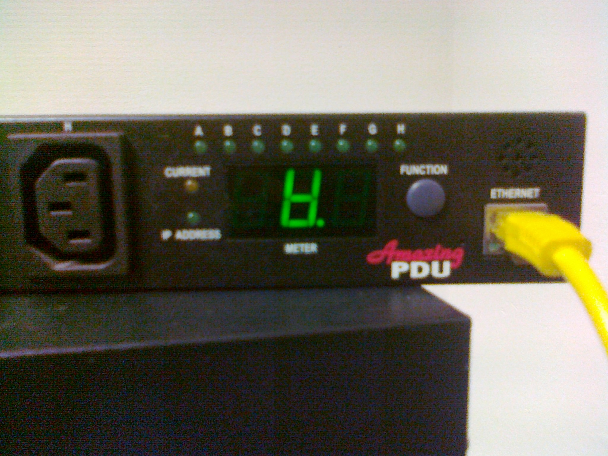 "PDU Amazing - odwr�cone ""A"" co oznacza?"