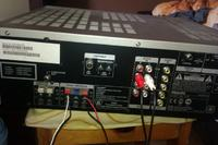 Jak podłączyć głośniki Philips kina domowego do laptopa