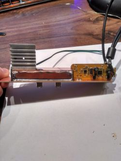 Komputerowy rozdzielacz DVB-T do nagrywania z 3 muxów jednocześnie.