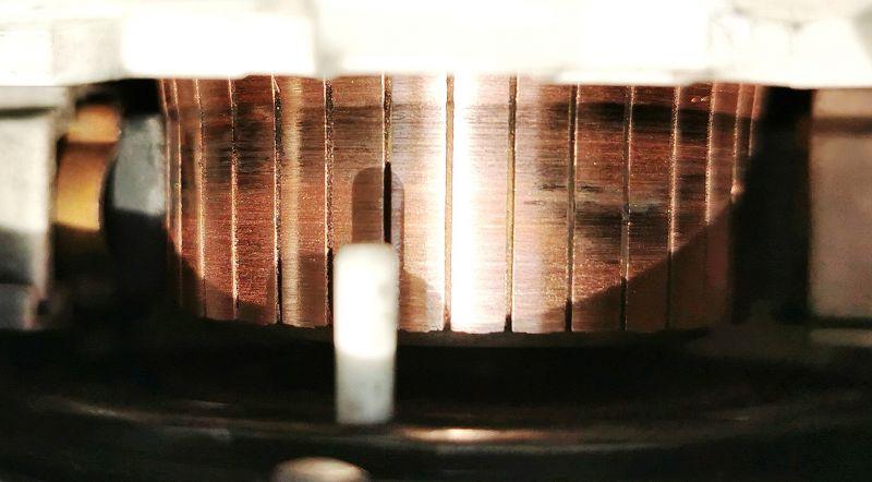 Siemens WM16S740 - Silnik nie chce się obracać, błąd F43