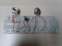 Kondensator nie �aduje, prosty uk�ad