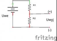Voltage divider and Arduino power supply voltage measurement