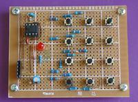 2-przewodowa klawiatura z u�yciem timera 555