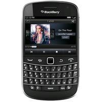 """BlackBerry 9720 - smartphone z 2,8"""" ekranem i klawiatur� QWERTY za 900 z�"""