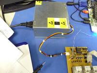 Schemat urządzenia do ładowania baterii w laptopie