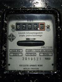 Kto zrobi ? Makieta - pomiar poboru prądu - żarówka 100W