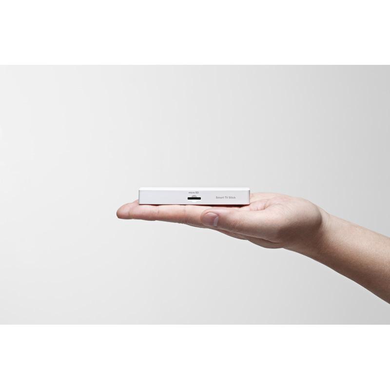 au Smart TV Stick - miniaturowy komputer z Android 4.0