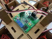 Autonomiczny, kartonowy Quadcopter sterowany przez Raspberry Pi