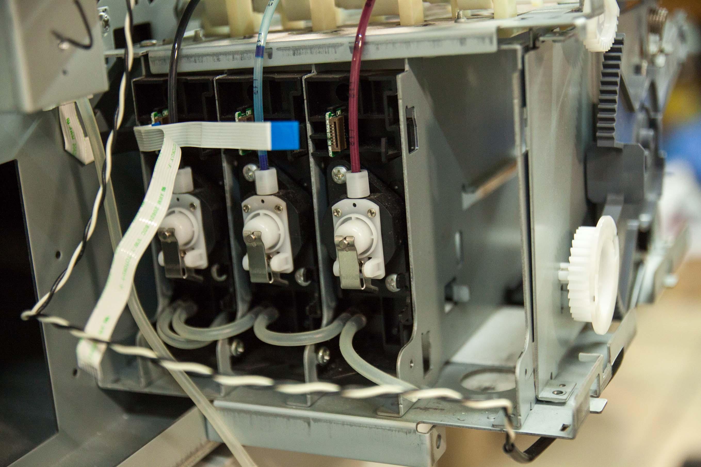 Ploter EPSON 7880 - Uszkodzony styk chipu kartrid�a