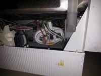 Bosch SRV45T53EU - zmywarka nie pompuje wody i nie chce się zresetować