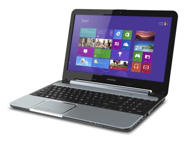 "Toshiba Satellite S955 - lekki laptop z 15,6"" ekranem, Core i5 i Windows 8"