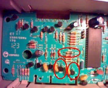 Mastercook PFE-900E uszkodziło mi dwa triaki Q26, Q25 i R89 - 550R?