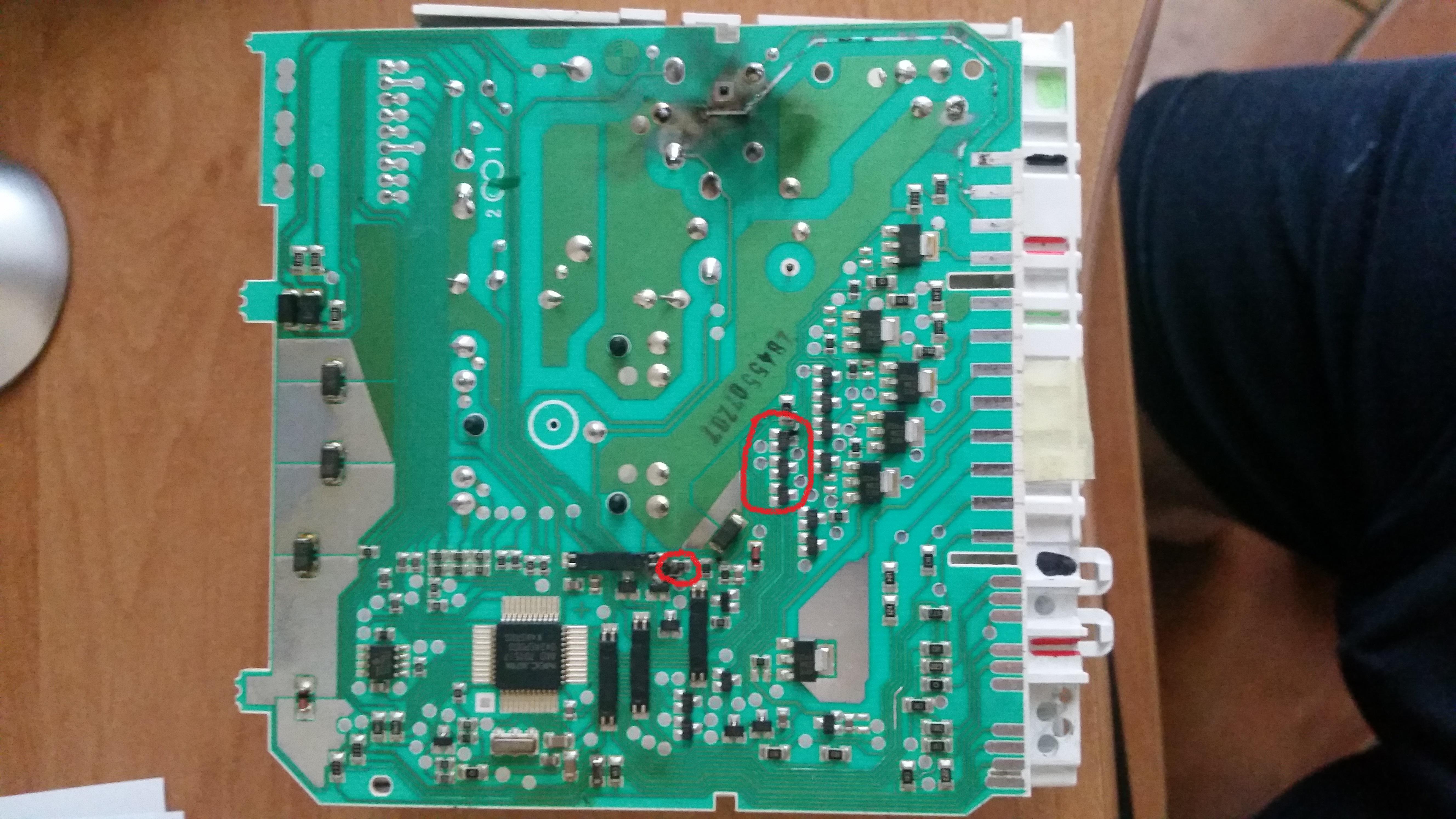 Bosch SGS53E12EU/15 - Zmywarka pobiera i wypompowuje wod�