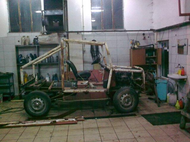 Buggy 4x4   krytycy w dziedzinie off road prosz� :)
