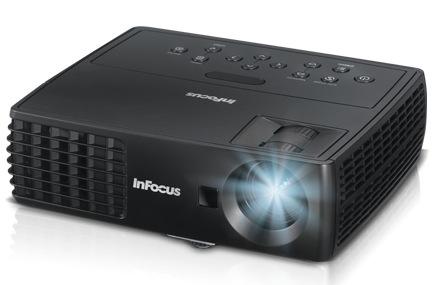 IN1110 i IN1112 - najmniejsze i najl�ejsze projektory firmy InFocus