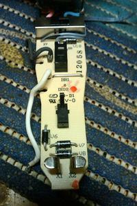 Bosch IXO - Wkr�tarka nie reaguje po wymianie ogniwa